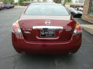 2012 Nissan Altima red rear