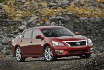 2012 Nissan Altima red